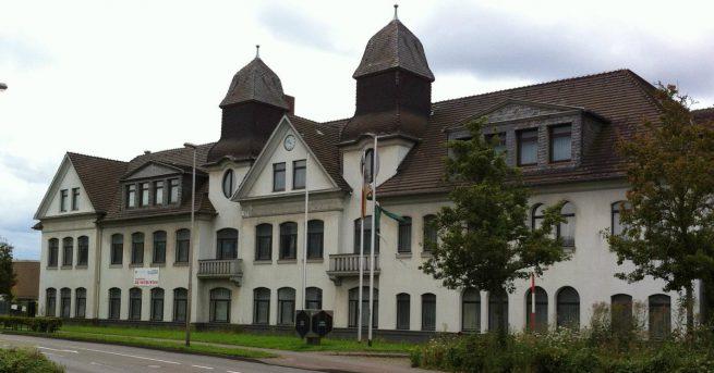 """Einwohnerversammlung zum Thema """"Nutzung des Areals rund um die ehemalige EBV Hauptverwaltung in Kohlscheid"""""""