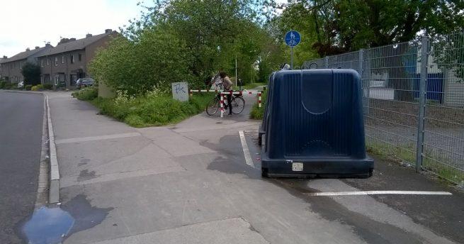 Platte Reifen und gefährlich: Bürgeranregung zum Radweg Alte Bahn eingereicht